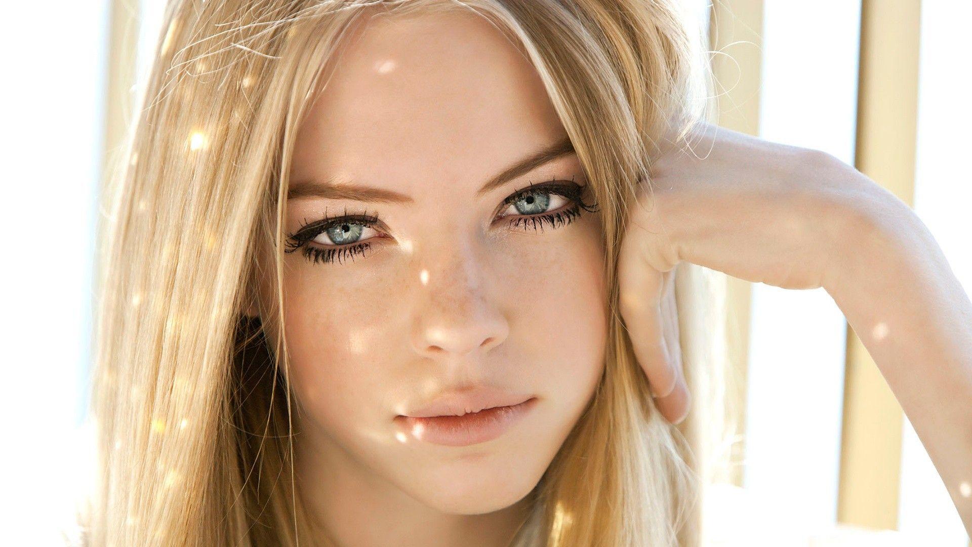 Фотографии красивой девушки блондинки много чтобы было одно лицо 9 фотография