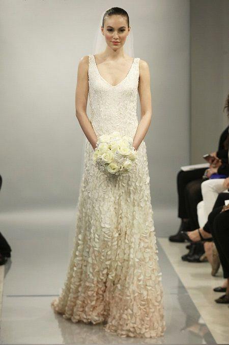 Свадебное платье 2014 объёмные аппликации отTheia