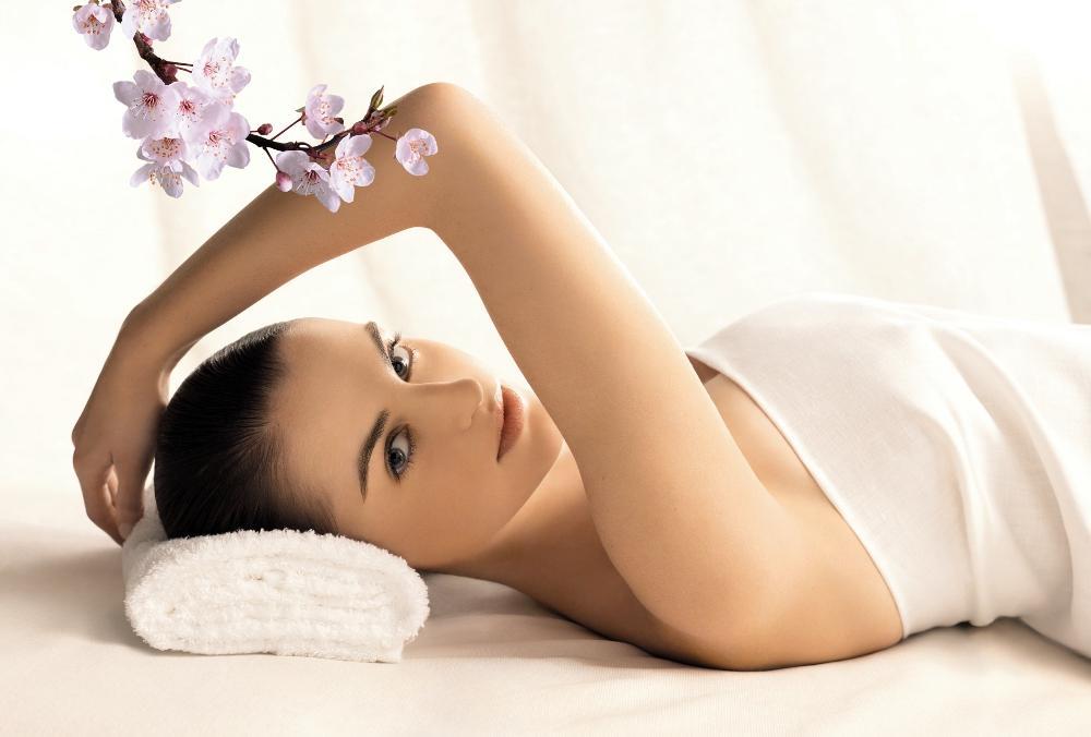 Как правильно использовать косметические средства для питания кожи
