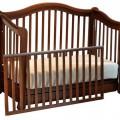Выбрать-детскую-кроватку